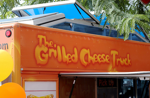 Eating Out: The Grilled Cheese Truck