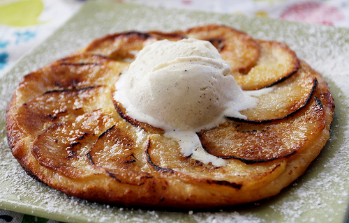 Cooking: Gordon Ramsay's Apple Tart