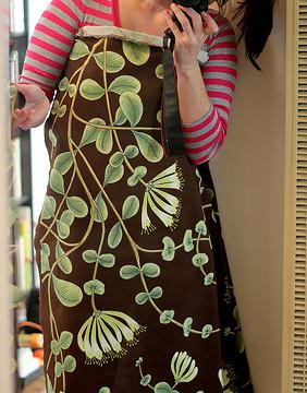 Holiday Gift: Hand-Sewn Aprons