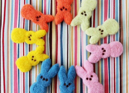 Needle-Felted Peeps: Hand-Crafted Easter Treats!
