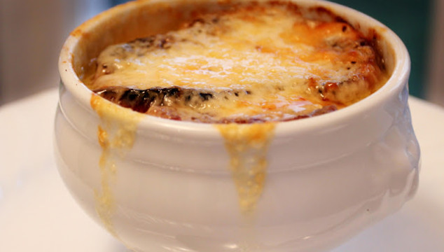 Chilly Weather Supper: French Onion Soup