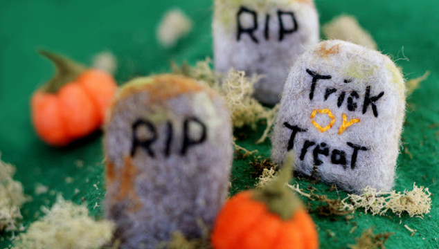 A Spooky Craft Class: Needle-Felted Headstones!