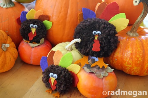 Kids Craft: Pom-Pom Turkeys