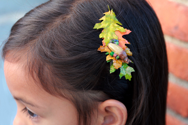 AutumnHairAccessories-SabrinaSideGreenClip-eHow