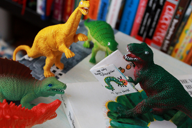 Dinovember-storytime2-eHow