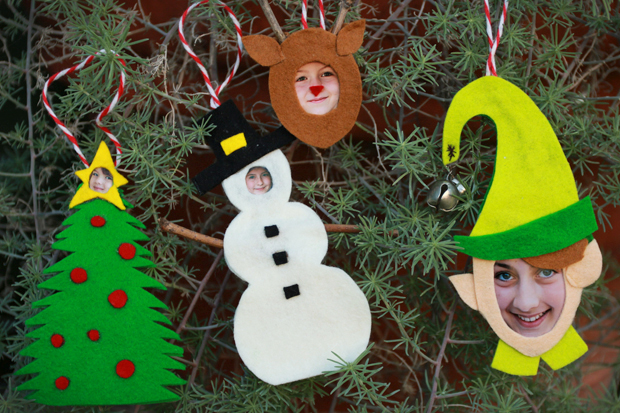 FeltKidOrnaments-all-hangingontree-ehow