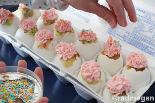 how to get egg shell out of cake batter